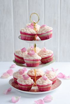 Recipe: Beetroot and Vanilla CupCakes with Rose Butter Icing
