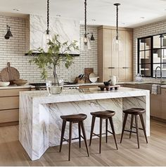 55 Smart Innovative Kitchen Island Ideas and Designs to Makeover Your Home - Contemporary Modern Kitchen Small Kitchen Ideas, DIY, Kitchen Remodel - Designblaz Kitchen And Bath, New Kitchen, Kitchen Dining, Kitchen Ideas, Kitchen Wood, Kitchen Layout, Cheap Kitchen, Floors Kitchen, Dining Room