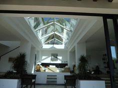 http://www.ibizaknowhow.info/focus_villaforrent.aspx/Ibiza/VIP-Villas/4/ibiza_132/properties-for-rent.htm