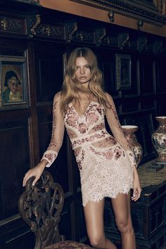 Shop the latest collection from it-girl fashion brand For Love & Lemons, ranging in feminine dresses to tops, skirts, bodysuits, lingerie and swimwear. Boho Fashion, Girl Fashion, Fashion Outfits, Daily Fashion, Fashion Brand, Street Fashion, Tulle Dress, Dress Up, Dress Shoes