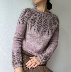 knitting inspiration Ravelry: Brightfeather pattern by Jennifer Steingass Easy Knitting Projects, Woven Wrap, Fair Isle Knitting, Cotton Fleece, Ravelry, Knitwear, Knitting Patterns, Knit Crochet, Cool Outfits
