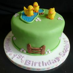 Quack, quack, quack. You can almost hear these little ducks in the pond quack in this duckpond cake. Very cute duckpond birthday cake