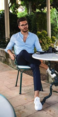 Summer outfits men Here are some mens summer outfits and how to style them Trajes Business Casual, Business Casual Men, Men Casual, Casual Ootd, Casual Wear, Outfit Hombre Casual, Formal Men Outfit, Fashion 60s, Best Mens Fashion