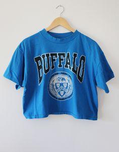 Vintage 90's University at Buffalo Bulls Crop Top T-Shirt SZ OSFA