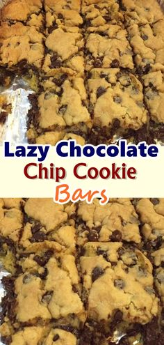 Lazy Chocolate Chip Cookie Bars You ever feel like wanting to do nothing but still, your kids are crying for cookies? Here's the easiest chocolate chip cookie bars ever! Köstliche Desserts, Delicious Desserts, Dessert Recipes, Yummy Food, Bar Recipes, Baking Recipes, Cookie Recipes, Chocolate Chip Cookie Bars, Chocolate Chips