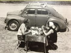 Life is good® : Simplicity On The Road Again, Vintage Pictures, Back In The Day, Good Vibes, Vulnerability, Life Is Good, Relationship, Black And White, Couple Photos