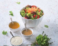 Mixed greens salad with citrus - honey vinaigrette - www. Greek Recipes, My Recipes, Cooking Recipes, Favorite Recipes, Cake Roll Recipes, Cheese Recipes, Chrismas Cake, Citrus Juice, Salad Bar