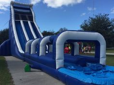 48 best bounce houses inflatable games images in 2019 bouncy rh pinterest com