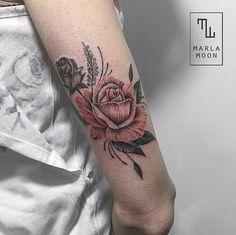 tattoo tatuagens linhas finas marla moon rosa
