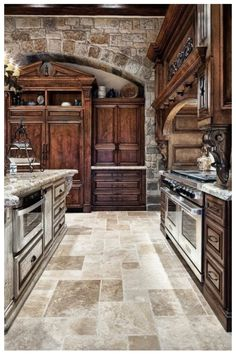Old World Tuscan Themed Kitchen Style With Arched Brick Wall tuscan style kitchen decor, tuscan style kitchen, tuscan kitchen styles, Kitchen Style Kitchen Design Ideas and Photos Old World Kitchens, Luxury Kitchens, Cool Kitchens, Dream Kitchens, Tuscan Kitchen Design, Rustic Kitchen, Tuscany Kitchen, Stone Kitchen, Kitchen Designs