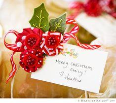 pretty holiday pin idea from http://heatherbailey.typepad.com/heather_bailey/fun_stuff/index.html