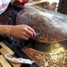 Restauration à l'atelier L'am'arante. http://atelierdecreateur.fr/vitrine/hazeauxdenis/