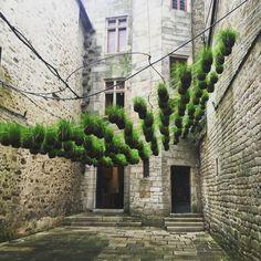 Un jardin suspendu Green Garden, Garden Art, Garden Design, Green Architecture, Landscape Architecture, Urban Landscape, Landscape Design, Jardin Decor, Green Facade