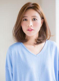Ideas For Hairstyles Femme Asian Korean Short Hair, Very Short Hair, Short Straight Hair, Medium Hair Cuts, Short Hair Cuts, Medium Hair Styles, Short Hair Styles, Popular Hairstyles, Short Hairstyles For Women