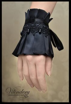 Little black gothic lolita cuff bracelet - handmade, fashion, jewelry http://www.etsy.com/shop/Vilindery