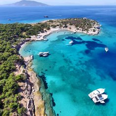 Magnificent Moni island, just off Aigina island in the Saronic Gulf (Picture via Instagram)