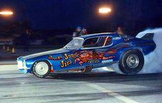 A nostalgic look back at drag racing funny cars from the Funny Car Drag Racing, Nhra Drag Racing, Funny Cars, Auto Racing, Jungle Jim Liberman, Speedway Grand Prix, Racing Baby, Jungle Jim's, Old Race Cars