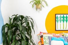 The Paint Trick You Didn't Realize Your Art Needs | You don't need to be Picasso to apply this paint trick to your home.