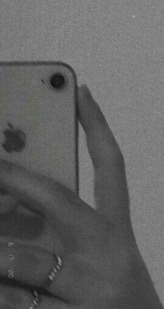Black Aesthetic Wallpaper, Aesthetic Backgrounds, Aesthetic Iphone Wallpaper, Aesthetic Wallpapers, I Phone 7 Wallpaper, Dark Wallpaper, Galaxy Wallpaper, Girly Images, Applis Photo