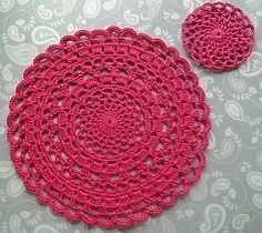 Lacy Crochet Placemat - free pattern by Claire from Crochet Leaf, with pattern link for the matching coaster. #MandalaCrochetPatterns