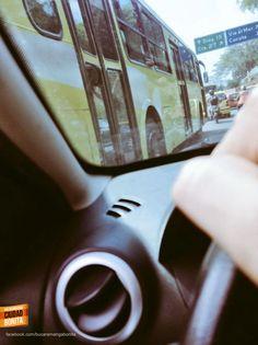 A metrolinea no le basta con tener su carril exclusivo, tiene que usar el carril de los vehículos. Gracias @GalindoDavid19 por la foto #ReporteroBUC