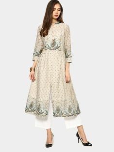 Combine this kurta with a pair of palazzo pants and black pumps. Add on a quilted handbag and a pair of earrings to enhance the attire.