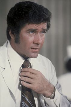 Robert Fuller photos, including production stills, premiere photos and other event photos, publicity photos, behind-the-scenes, and more.