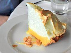 Lemon Meringue pie with candied almonds