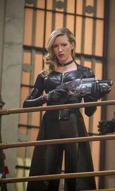 Supergirl 2015, Supergirl And Flash, Superhero Tv Series, Black Siren, Arrow Tv Series, Arrow Black Canary, Dinah Laurel Lance, Hq Dc, Lance Black