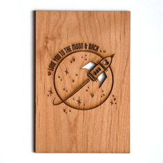 To the Moon and Back Wood Card [Love / Five Year, Fifth, Anniversary / Custom Anniversary / Vale Laser Cutter Projects, Cnc Projects, Woodworking Projects, Laser Cut Wood, Laser Cutting, Wood Burning Crafts, Colored Envelopes, Pyrography, Laser Engraving