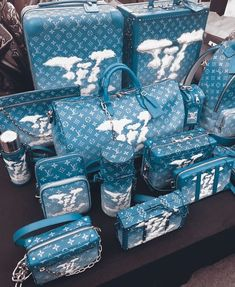 Louis Vuitton Duffle Bag, Louis Vuitton Shoes, Vuitton Bag, Louis Vuitton Handbags, Purses And Handbags, Luxury Purses, Luxury Bags, Cute Suitcases, Luxury Luggage