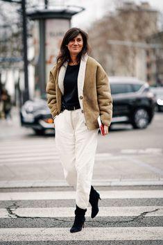 Emmanuelle Alt Style, White Pants, Black Pants, Peau Lainee, Sheepskin Jacket, Casino Outfit, Janis Joplin, Shearling Coat, Looks Style