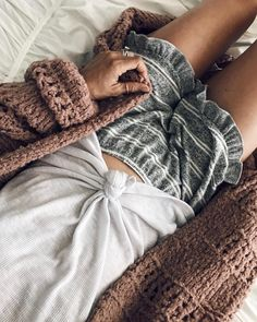 comfy outfits comfy casual outfits comfy fall outfits comfy outfits for school comfy summer outfits Fall Outfits, Summer Outfits, Casual Outfits, Cute Outfits, Streetwear, Hippie Stil, Strick Cardigan, Knit Cardigan, Mode Inspiration