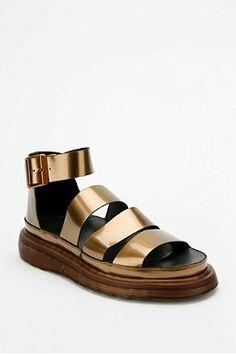 (summer) Dr. Martens Metallic Clarissa Flatform Sandal