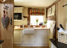 Cottage Kitchen On Pinterest Aga Country Kitchens And Cottage