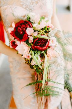 Bridal bouquet with velvety deep red peonies | Blast from the Past: A Vintage Singapore Themed Styled Shoot