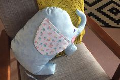 How to Make an Elephant Cushion #elephant #cushion #fatquarter #sewing #beginner