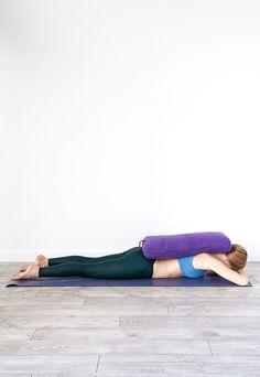 Enjoy The Amazing Ashtanga Yoga Practice - Yoga breathing Yoga Iyengar, Ashtanga Yoga, Vinyasa Yoga, Restorative Yoga Sequence, Yoga Sequences, Yoga Yin, Yoga Nature, Yoga Bolster, Yoga Training