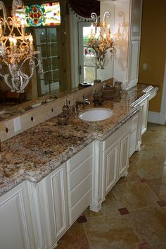 like the white cabinets with granite