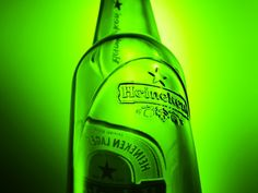 Chapter 7  Heineken changes the shape of its iconic green beer bottle to appeal more to its changing target market.