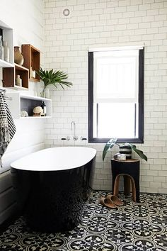 heritage black and white bathroom - Google Search