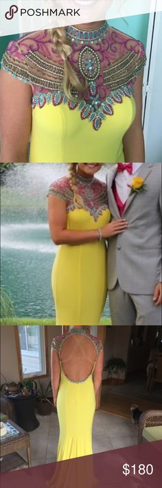Prom-Formal Dress Long Yellow formal Size 6 Dresses Prom