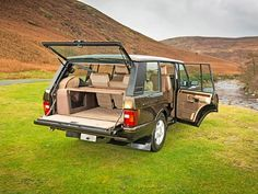 Restored Dire Straits Range Rover Classic LSE | http://www.lro.com/features-reviews/featured-vehicles/1502/restored-dire-straits-range-rover-classic-lse/