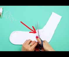 With winter fast approaching, many families are on the search for cheap and fun crafts to decorate the tree or mantle. Check out this video to discover how to make your own adorable snowman with an old sock!
