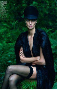 "EDITORIAL Vogue Paris September 2012 ""Le Noir Partie 4"" Feat. Daria Werbowy by Mert & Marcus"