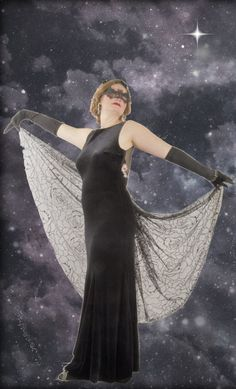 1930s bat Halloween costume. A classy vintage Halloween costume and easy DIY. Get the details and more costume ideas at VintageDancer.com