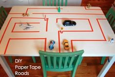Een tafel die over is hergebruiken. Make a simple paper tape road to encourage imagination and play. My kids never play with little cars, and this did the trick to help them try something new. Paper Tape, Diy Paper, Toddler Activities, Preschool Activities, Kindergarten Inquiry, Preschool Plans, Tuff Spot, Tuff Tray, Transportation Theme