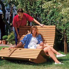 Die Holz-Saunaliege macht ihrem Namen alle Ehre: Wer sich nach der Arbeit auf dieser Saunaliege aus Holz niederlässt, sinkt schnell in tiefe Entspannung