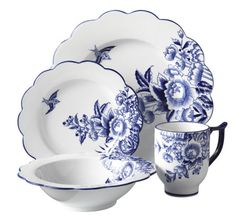 Bombay & Co, Inc. :: Tabletop :: Boxed Dinnerware :: Blue & White Floral Dinnerware