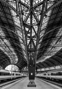 Estació de França, Barcelona. Train station